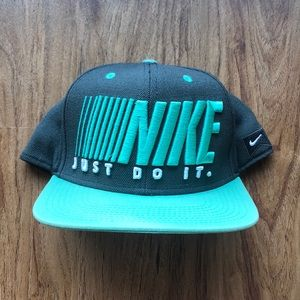 Nike Accessories - Teal and Navy Nike Cap